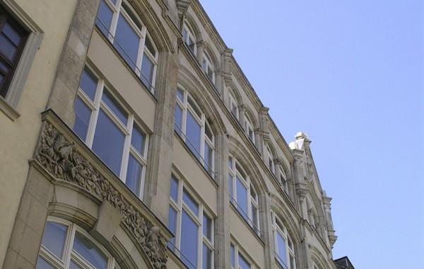 Taschenkaufhaus (Ritterstraße 9–13)